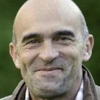 Dr Clive Lawson